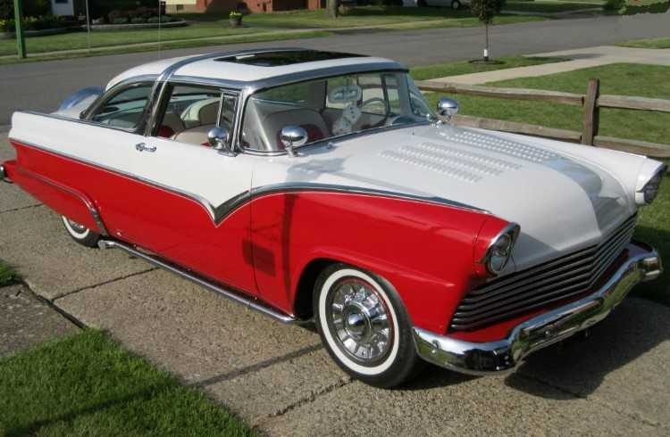SORRY SOLD        55 Ford Crown Vic Restomod